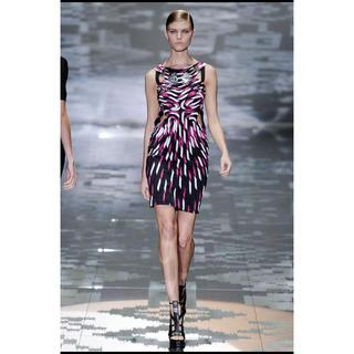 グッチ(Gucci)のGUCCI ドレス(ミニワンピース)