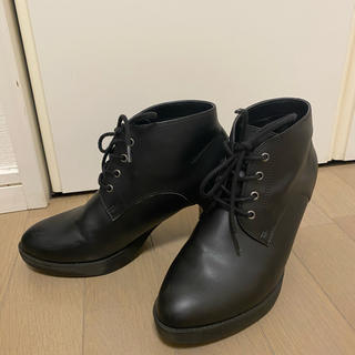 ユニクロ(UNIQLO)のUNIQLO ブラックショートブーツ(ブーツ)