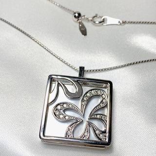 タサキ(TASAKI)のTASAKI k18wg シェル ダイヤモンド ネックレス(ネックレス)