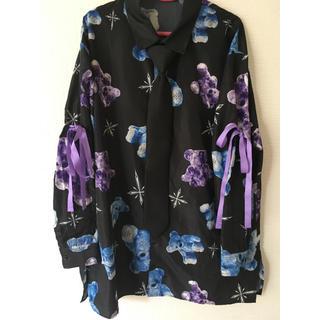 ミルクボーイ(MILKBOY)のTRAVAS TOKYO クマ BEAR ネクタイシャツ リボン(シャツ/ブラウス(長袖/七分))