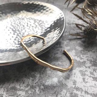 フリークスストア(FREAK'S STORE)のmatte wave slim bangle-gold-(ブレスレット/バングル)