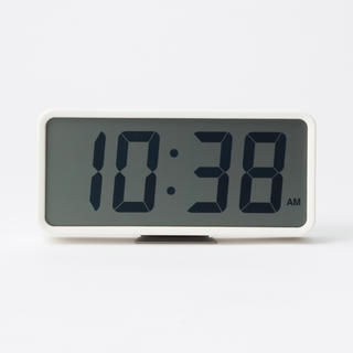 MUJI (無印良品) - 限定価格!新品★無印良品 ★デジタル時計・中 ホワイト MUJI 置時計 ⌘⌘★