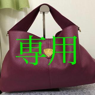 アタオ(ATAO)のATAO エルヴィ プラム☆美品☆(ショルダーバッグ)