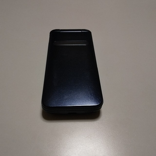 キョウセラ(京セラ)のKYF37 GRATINA4G SIMロック解除済(携帯電話本体)
