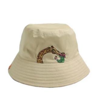 ビームス(BEAMS)のLEFT ALONE / REVERSIBLE BUCKET HAT BEIGE(ハット)