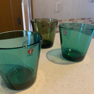 イッタラ(iittala)のイッタラ カルティオ グリーン系3個 お値下げ❣️(グラス/カップ)