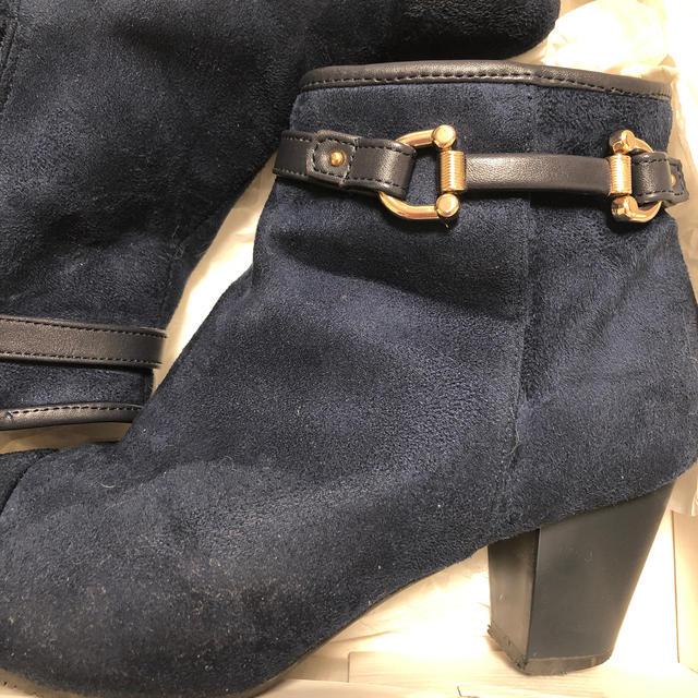 Nuovo(ヌォーボ)のNUOVO ショートブーツ ネイビー XL レディースの靴/シューズ(ブーツ)の商品写真