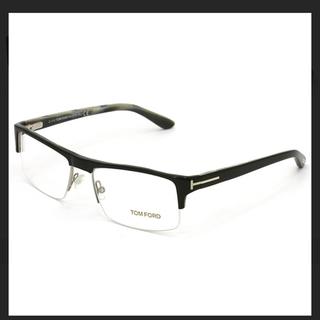トムフォード(TOM FORD)のトムフォード メガネ 美品 TF5241(サングラス/メガネ)