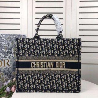 ディオール(Dior)のディオールトートバッグ(トートバッグ)