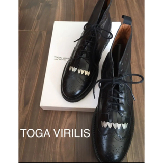 トーガ(TOGA)のTOGA VIRILIS Wing tip boots (ブーツ)