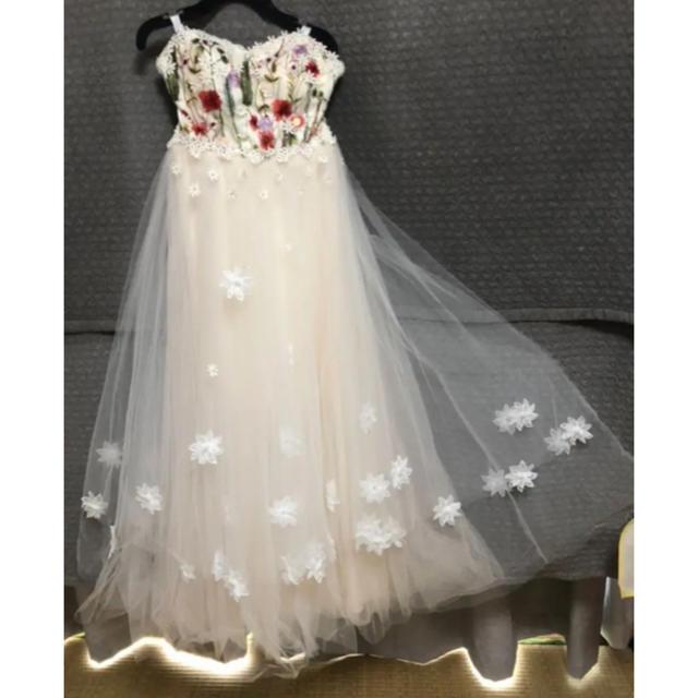 刺繍チュールウエディングドレス レディースのフォーマル/ドレス(ウェディングドレス)の商品写真