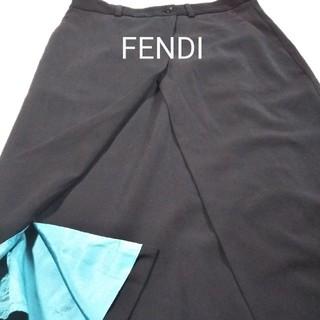 フェンディ(FENDI)の美品 FENDI スカート(ひざ丈スカート)