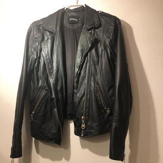 ドゥーズィエムクラス(DEUXIEME CLASSE)の本革 ラム革 ジャケット 黒(ライダースジャケット)