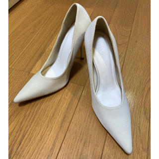 イエローブーツ(Yellow boots)のYELLO ホワイト クリーム パンプス  Sサイズ(ハイヒール/パンプス)