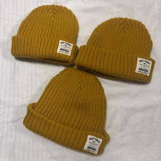 スリーコインズ(3COINS)のキイロニット帽(帽子)