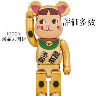【送料無料】BE@RBRICK 招き猫 ペコちゃん 金メッキ 1000%(その他)