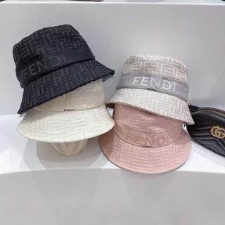 フェンディ(FENDI)のFENDIフェンディファッションハット(キャップ)
