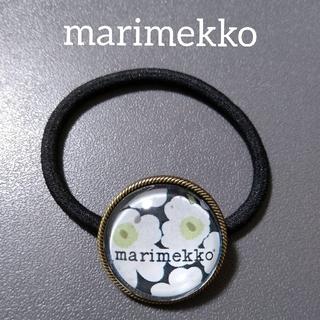 マリメッコ(marimekko)のmarimekko ヘアゴム ウニッコ 黒(ヘアアクセサリー)