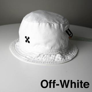 オフホワイト(OFF-WHITE)の新品 OFF-WHITE BUCKET HAT/BLACK FUCHSIA 白(ハット)