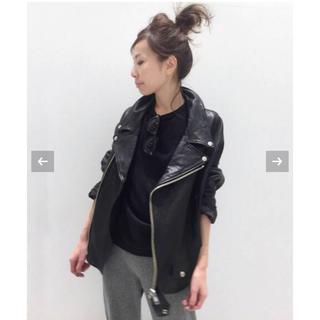 アパルトモンドゥーズィエムクラス(L'Appartement DEUXIEME CLASSE)のアパルトモン ★ Lisiere Leather Riders ジャケット 34(ライダースジャケット)