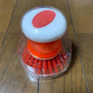 イケア(IKEA)の洗剤が入れられるディスペンサー付きキッチンブラシ(洗剤/柔軟剤)