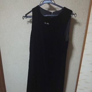 ベベ(BeBe)のBeBeワンピース黒 150サイズ(ひざ丈ワンピース)