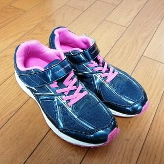 ミズノ(MIZUNO)の女の子用運動靴/ミズノ 23.5cm(スクールシューズ/上履き)