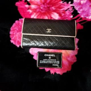 シャネル(CHANEL)の💖CHANELステッチ長財布💖(長財布)