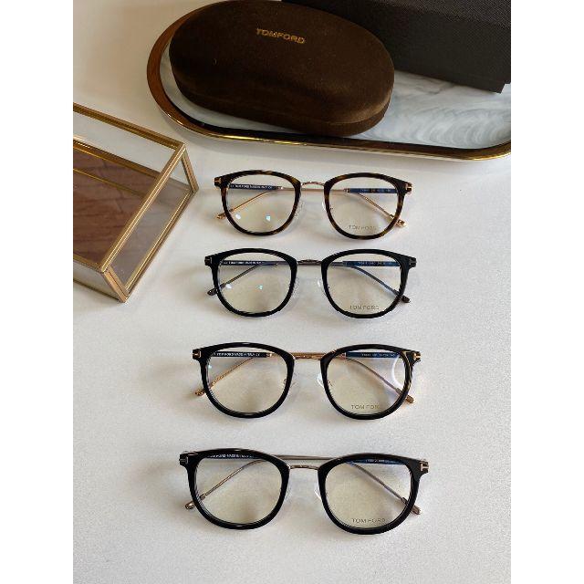 TOM FORD(トムフォード)のTOM FORD トムフォード 伊達 メガネ フレーム TF5612 べっ甲 レディースのファッション小物(サングラス/メガネ)の商品写真