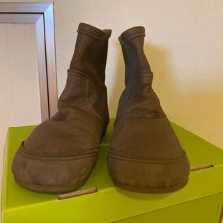 ボンポワン(Bonpoint)のzoom peep ペコスブーツ グレージュ 15cm(ブーツ)