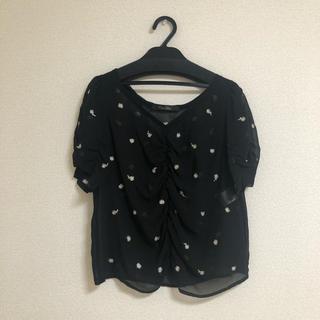ココディール(COCO DEAL)の花柄刺繍ブラウス(シャツ/ブラウス(半袖/袖なし))