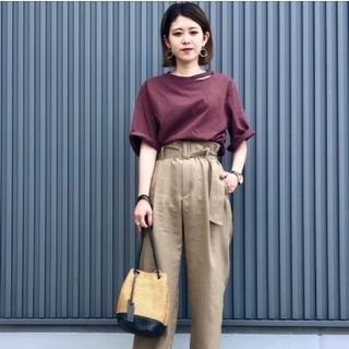 ユナイテッドアローズ(UNITED ARROWS)のデコルテスリット ロングTシャツ(Tシャツ(長袖/七分))