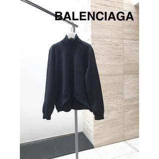 バレンシアガ(Balenciaga)のバレンシアガ ハイネック デザイントップス(ニット/セーター)