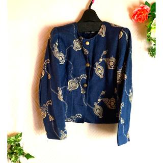 レオナール(LEONARD)のレオナール ノーカラー刺繍ジャケット(ノーカラージャケット)