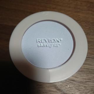 レブロン(REVLON)のレブロンスキンライトプレストパウダー104 ラベンダー(フェイスパウダー)