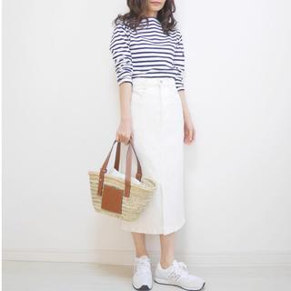 ジーユー(GU)の【GU】ホワイトデニムスカート M size(ひざ丈スカート)