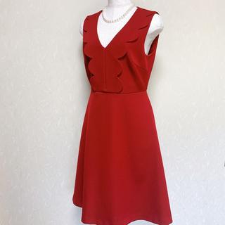 アベニールエトワール(Aveniretoile)の最終価格 美品 アベニールエトワール ワンピース 赤 サイズ36(ひざ丈ワンピース)