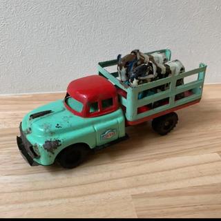 バンダイ(BANDAI)のブリキ製 リアカー 牛 おもちゃ(ミニカー)