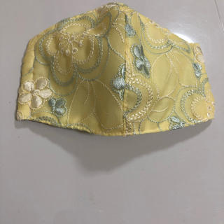マスク(THE MASK)のハンドメイド マスクカバー インナーマスク 刺繍 イエロー(その他)