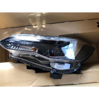 スバル(スバル)のスバル インプレッサ スポーツ 左ヘッドライト 純正 LED 美品(車種別パーツ)