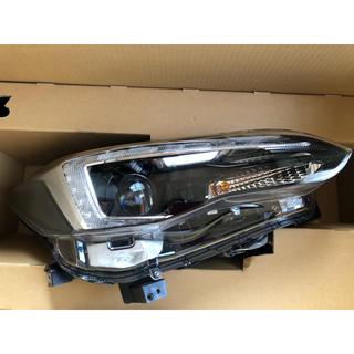スバル(スバル)のスバル インプレッサ スポーツ 右ヘッドライト 純正 LED 美品(車種別パーツ)