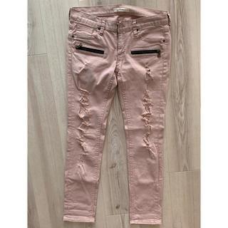 フロムファーストミュゼ(FROMFIRST Musee)の薄ピンクのダメージデニム(デニム/ジーンズ)