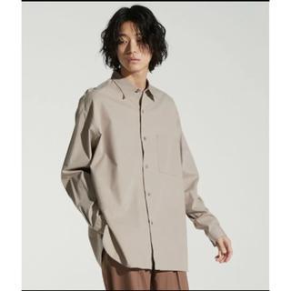 ハレ(HARE)の【WYM LIDNM】テンセルコットンレギュラーカラーシャツ ベージュ Mサイズ(シャツ)
