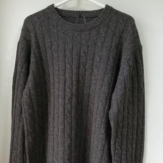 新品・クルーネックセーター:L (ニット/セーター)