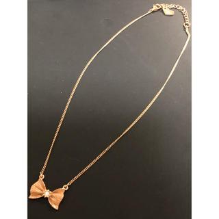 ジルスチュアート(JILLSTUART)のジルスチュアート リボン ピンクゴールド ネックレス(ネックレス)