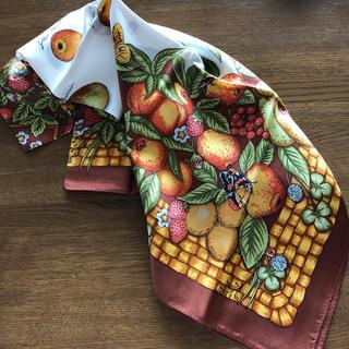 ザラ(ZARA)の秋色バスケット柄スカーフ(バンダナ/スカーフ)