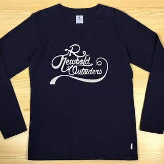 アールニューボールド(R.NEWBOLD)のR.NEWBOLDアールニューボールドVネックロングスリーブカットソーネイビーM(Tシャツ/カットソー(七分/長袖))