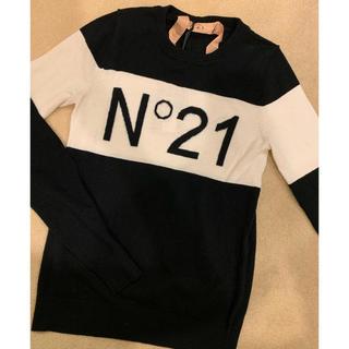 ヌメロヴェントゥーノ(N°21)の定価56000円❤️ヌメロヴェントゥーノ シルク混 ロゴニット(ニット/セーター)