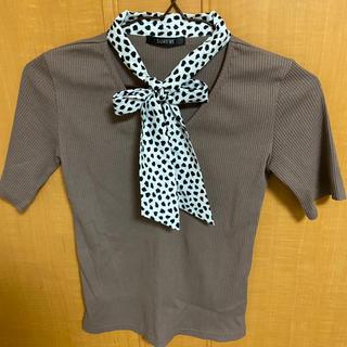 レトロガール(RETRO GIRL)の牛柄🐄リボン Tシャツ(Tシャツ(半袖/袖なし))