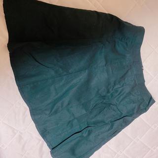 ケービーエフ(KBF)のKBF シンプル 黒 スカート(ミニスカート)